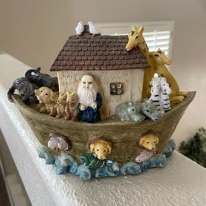Noah's  ark nursery decor